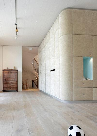 Modern Wohnbereich by RADIUSplus