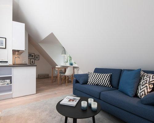 petit salon mansard ou avec mezzanine scandinave photos et id es d co de salons mansard s ou. Black Bedroom Furniture Sets. Home Design Ideas