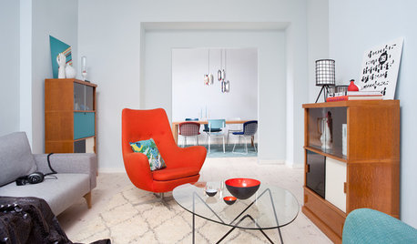 Houzz Tour: Vintage Finds and Midcentury Style Transform an Old School