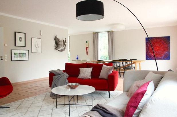 Eklektisch Wohnbereich by raumatmosphäre pantanella