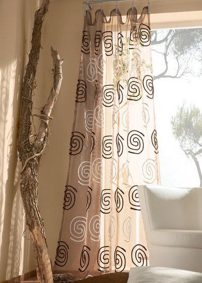 vorh nge aufh ngen welche m glichkeiten gibt es. Black Bedroom Furniture Sets. Home Design Ideas