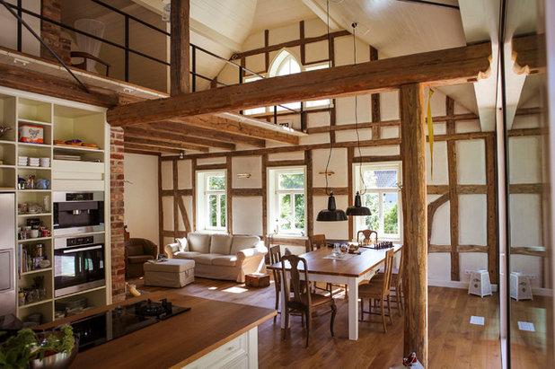 Rustikal Wohnbereich by Waldhelm Architekten
