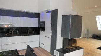 Wohnung mit Glattvlies & Gestaltung in  Metallic/Platinum & Stuckelementen