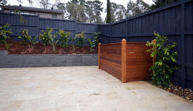 Pool equipment merbau screen for Gardens pool supply