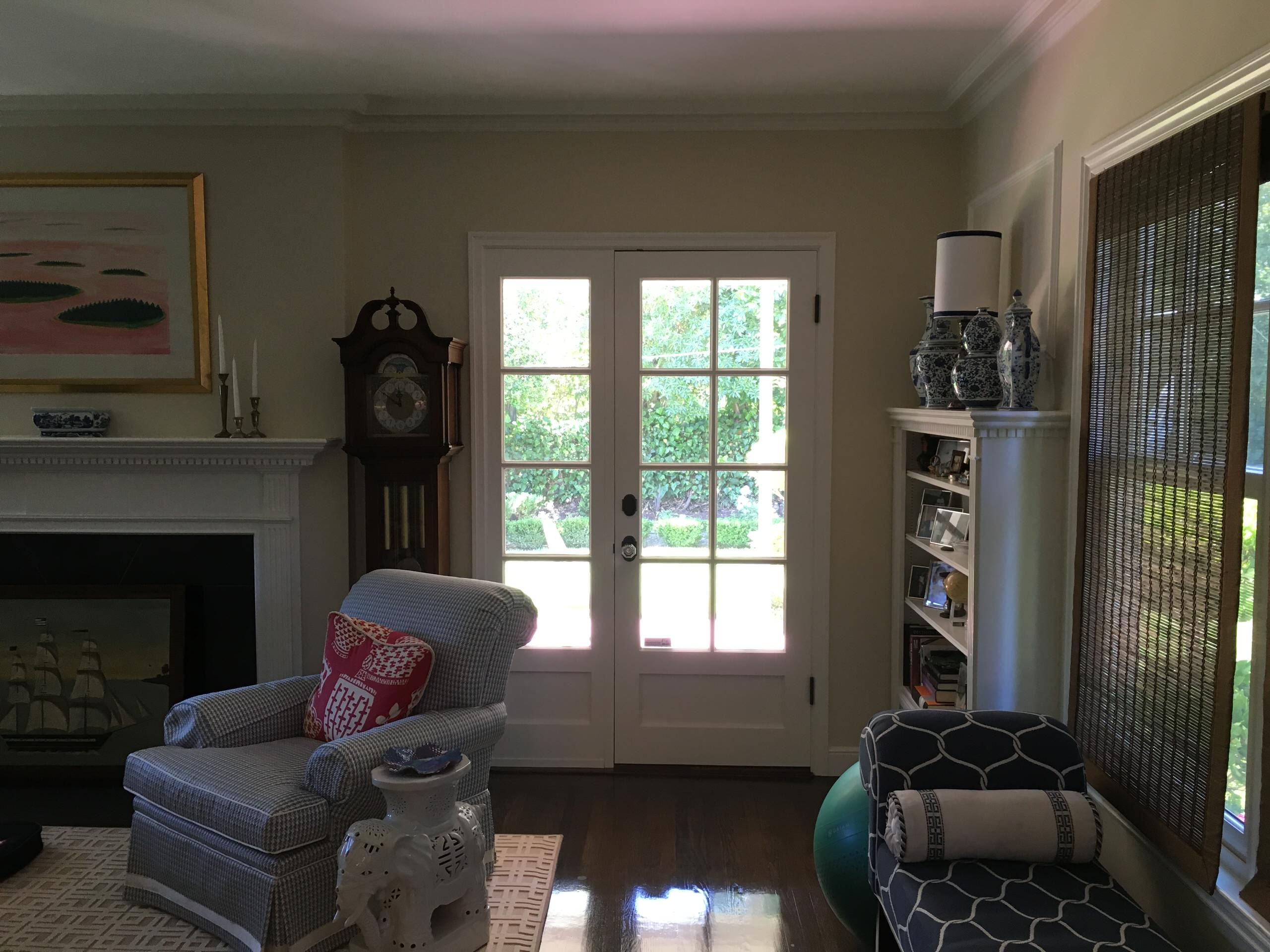 Colonial Revival - Living rm, before