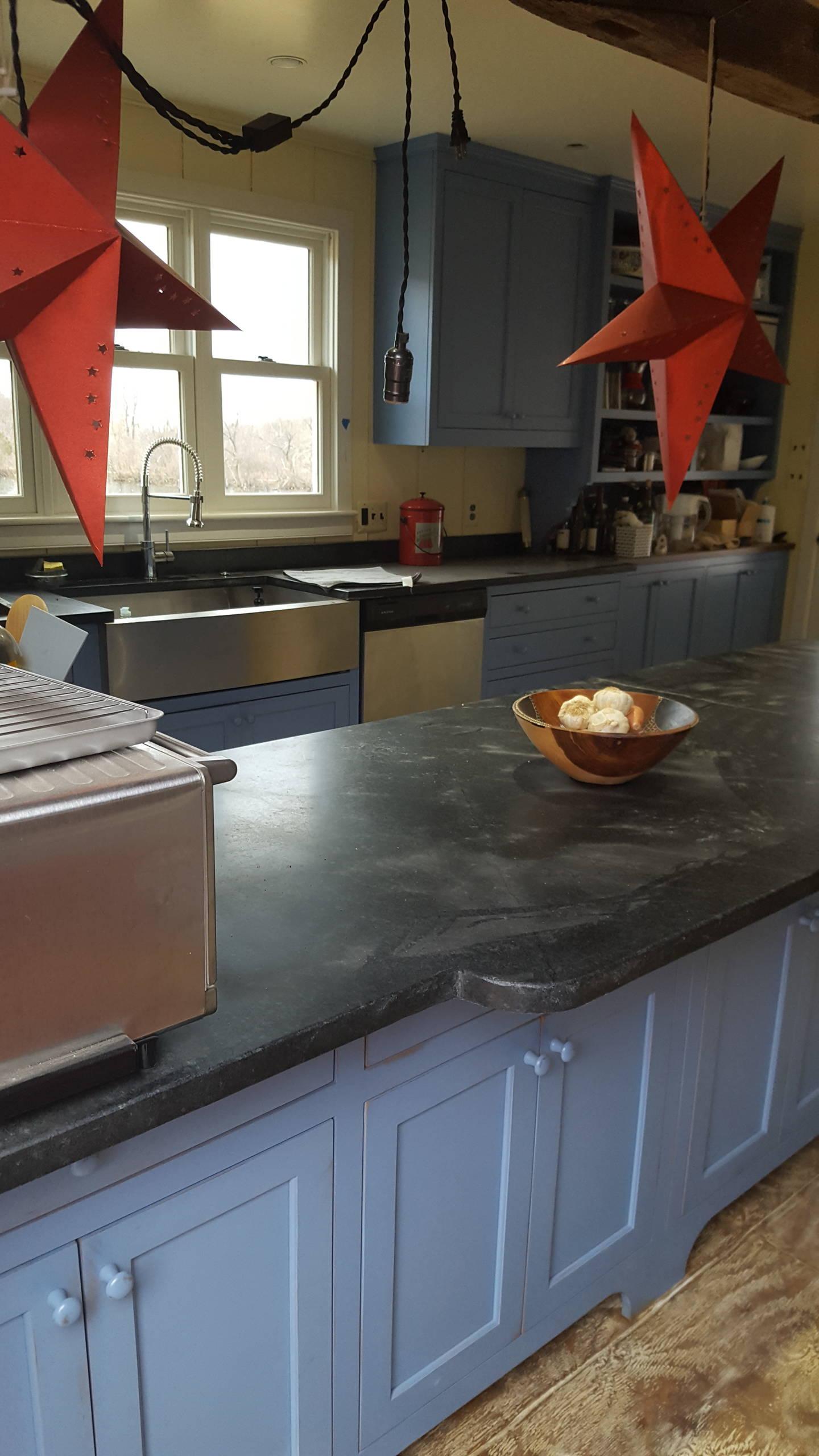 Cabin Kitchen Paris VA