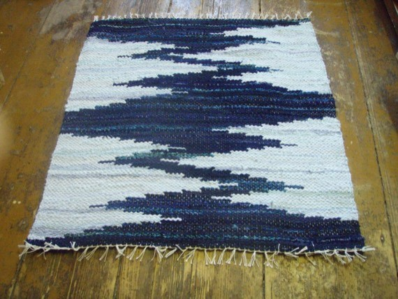 Hand Woven Rag Rug Dark Blue Light Blue Zigzag by Gunas Palete EUR 3500