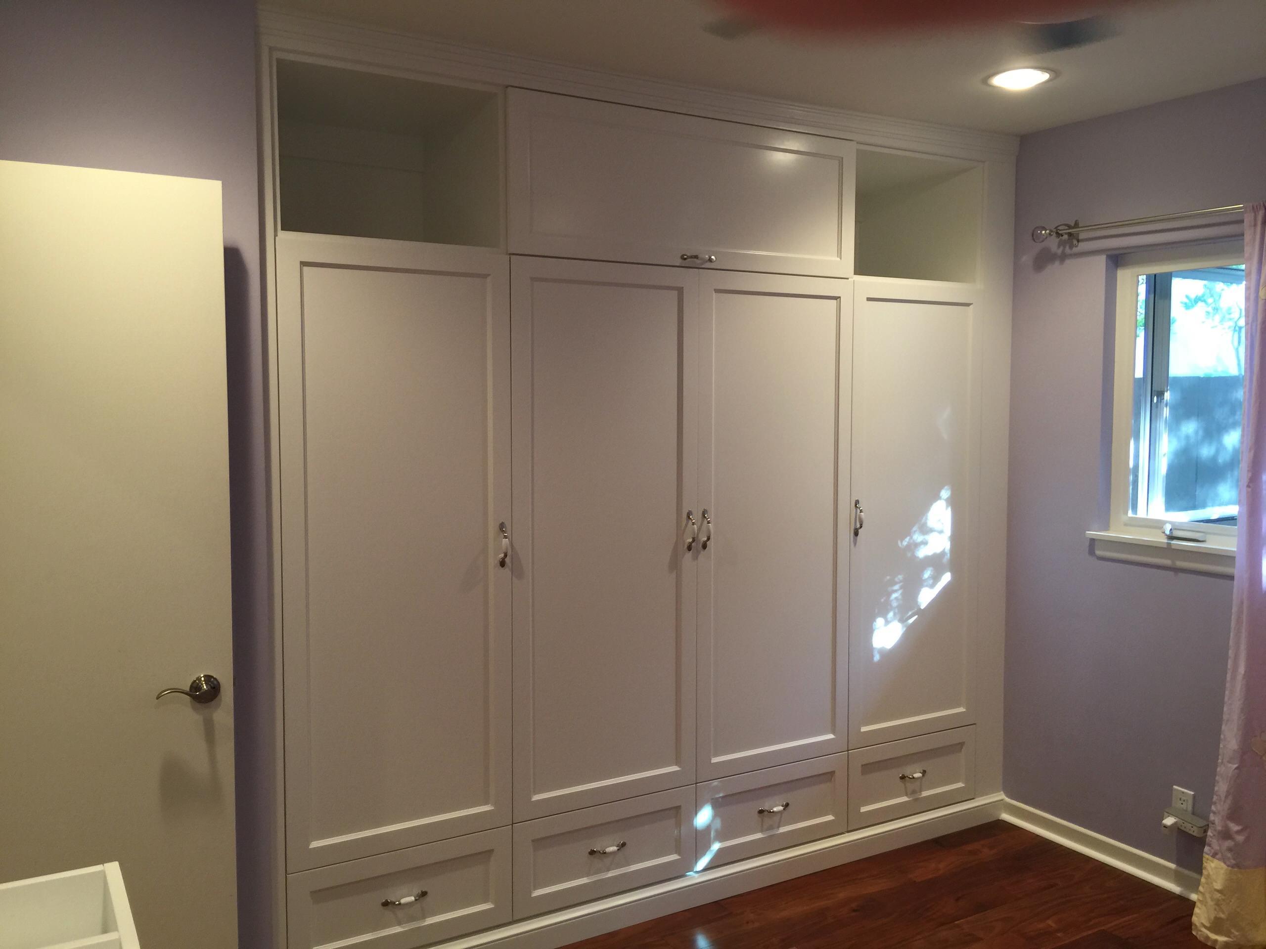 Encino Closets