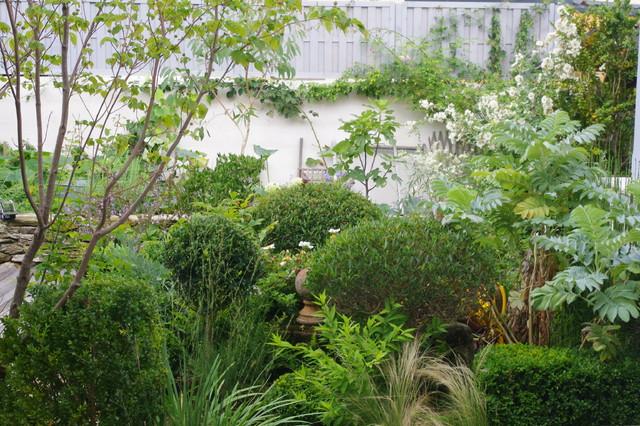 Jardin de ville 150m2 nantes par cecile julio for Jardin 150m2