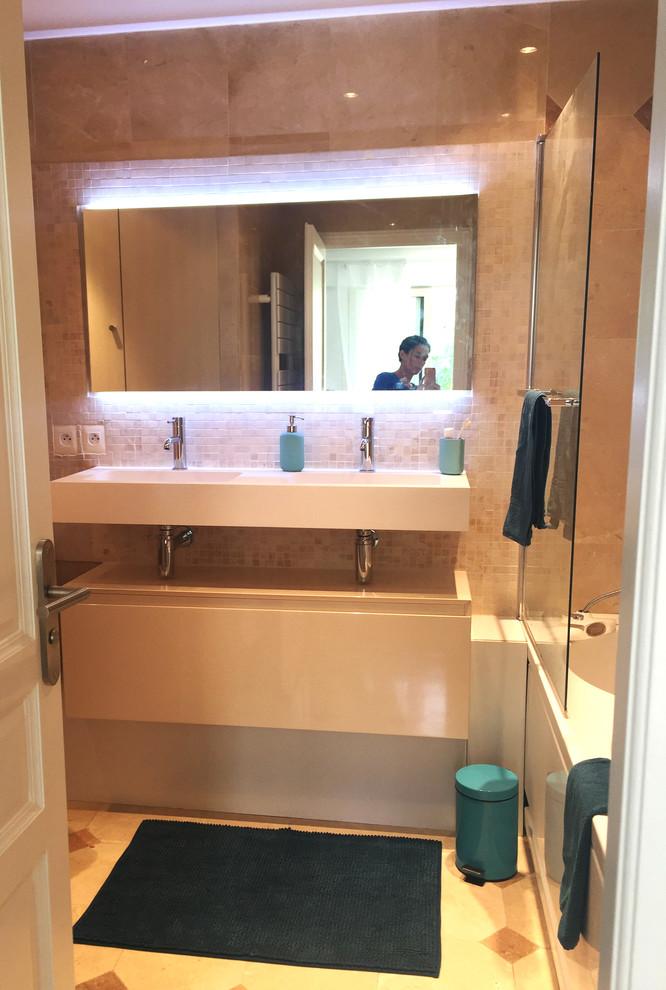 Salle de bain relookée