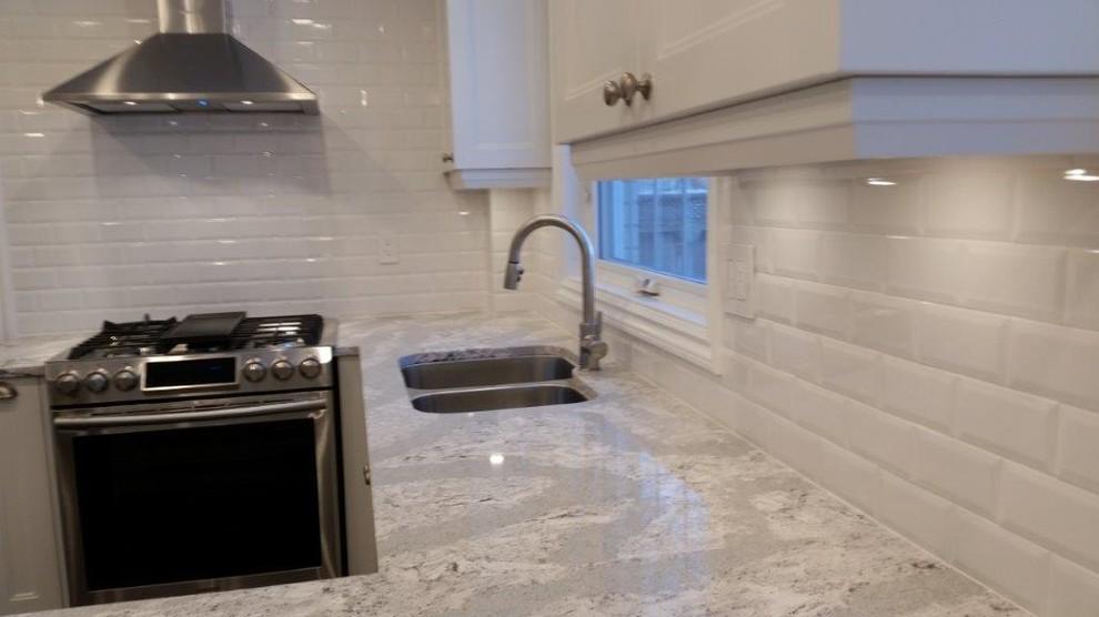 Quartz Kitchen in Oxford White