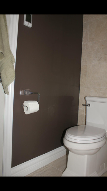 Small ensuite bathroom from original builders pinks and for Small bathroom design toronto