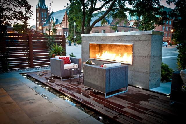 Contemporary reno on Heritage house