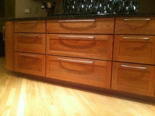 Location of cabinet handles on drawers - 24 inch kitchen cabinet with drawers ...