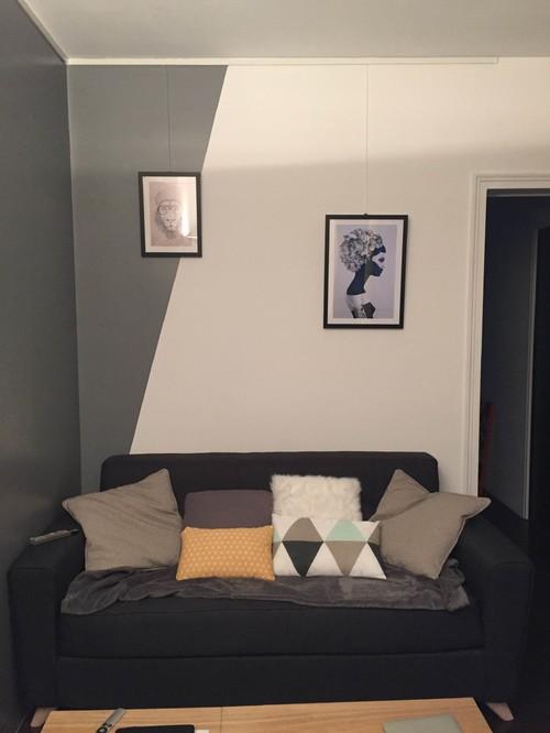 disposition cadres petit mur. Black Bedroom Furniture Sets. Home Design Ideas