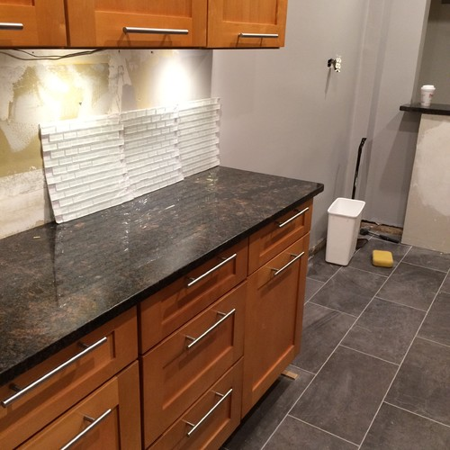 White Kitchen Cabinets Brown Tile Floor: Mini Subway Tiles In Stainless Steel Or White Glass