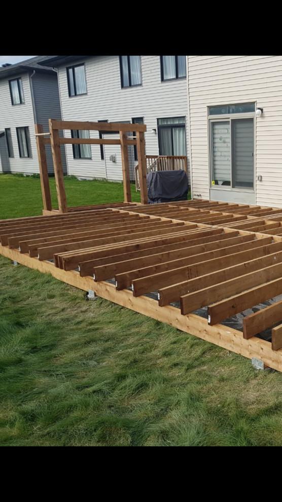 500 sq ft pressure treated deck