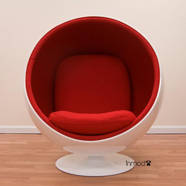 Amazing Eero Aarnio Ball Chair