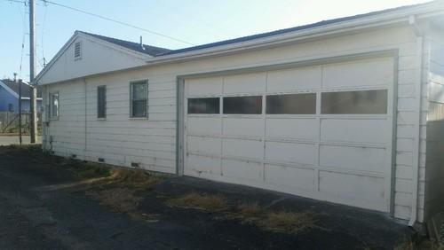 Garage Side Of House   Adjacent To Alley