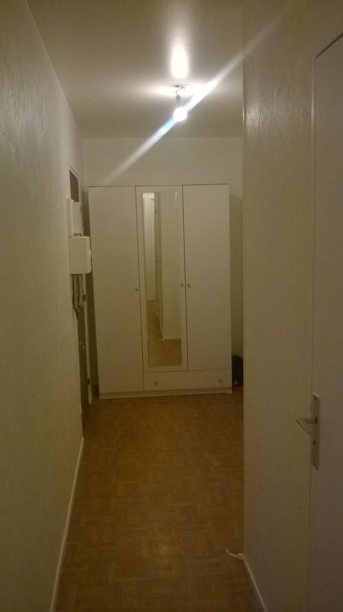 Besoin de conseils pour moderniser un long couloir d\'entrée