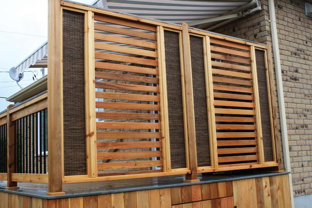 Custom trex decks patios for Paravent exterieur pour balcon