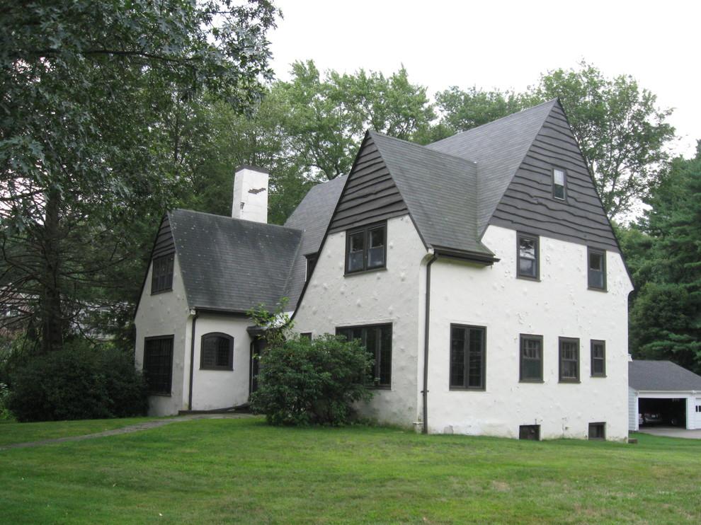 69 Windsor, Wellesley, MA