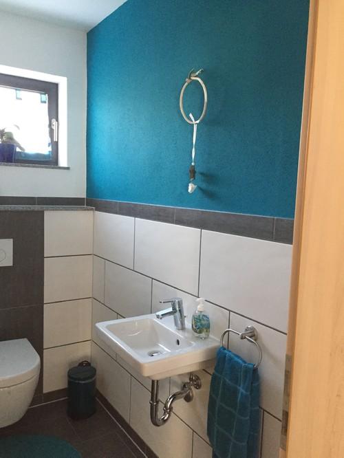 ratlos mit g ste toilette. Black Bedroom Furniture Sets. Home Design Ideas