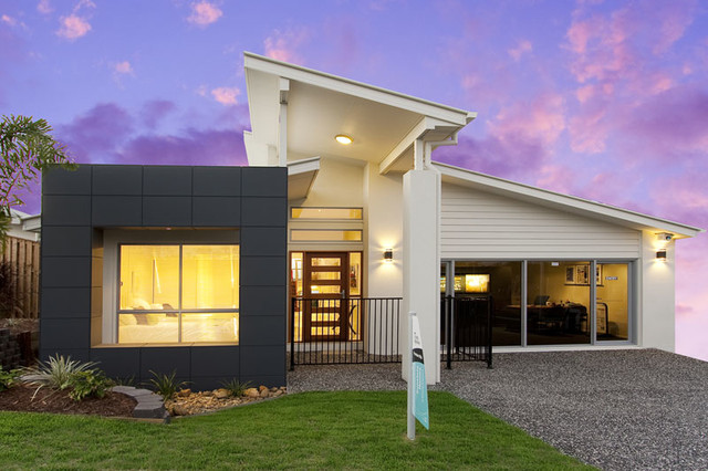 Display Home For Sunstate Contemporary Exterior