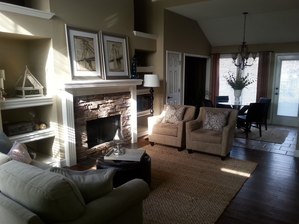 Example of a transitional living room design in Kansas City