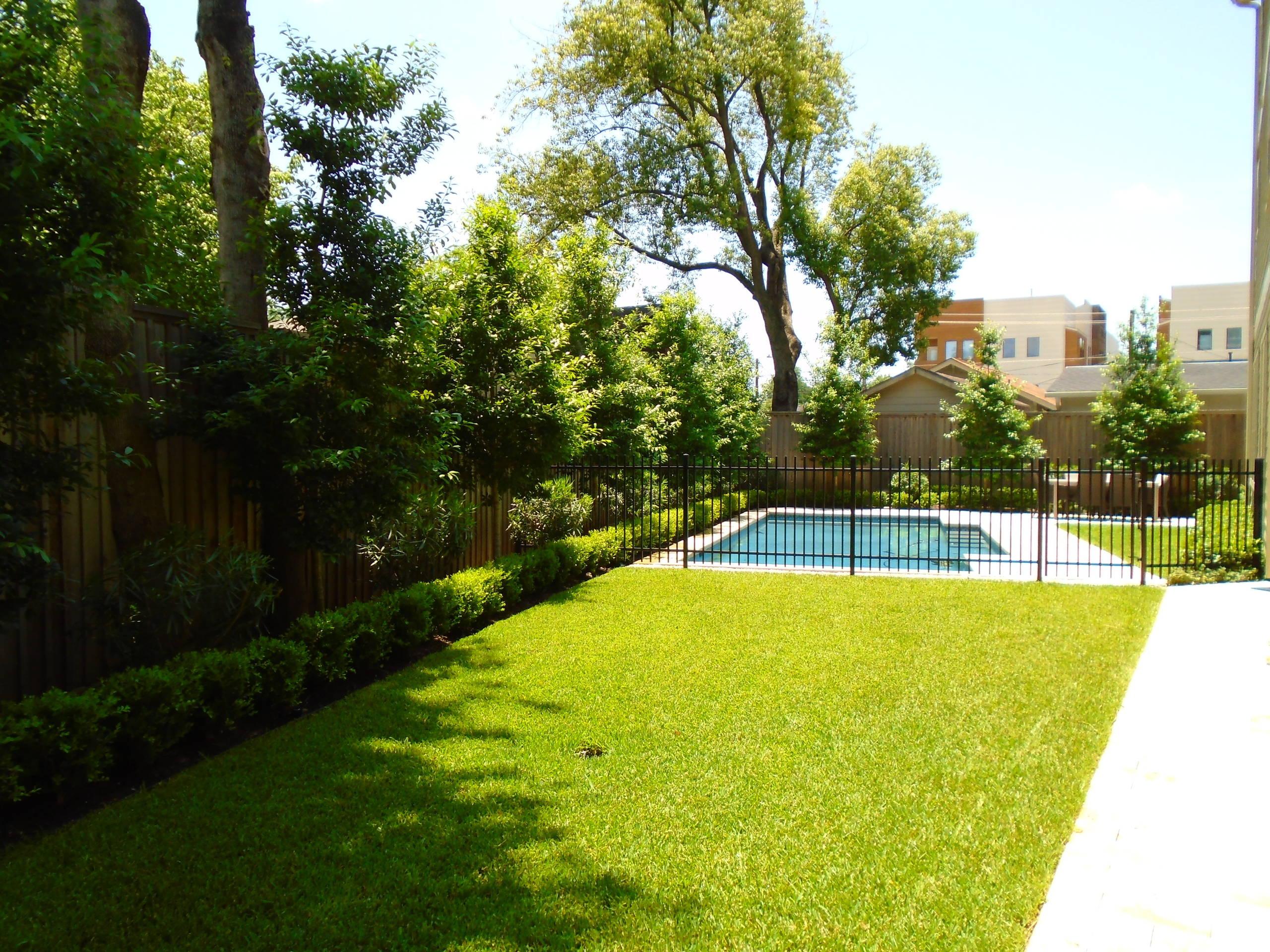 Heights Pocket Garden