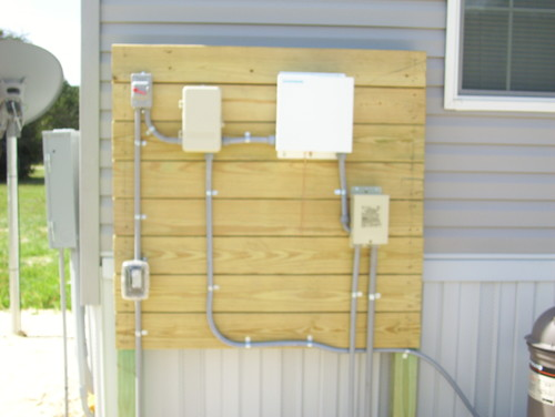 trying to hide pool electrical box