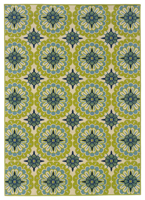 Coronado Indoor And Outdoor Floral Green And Ivory Rug, 8&x27;6x13&x27;.