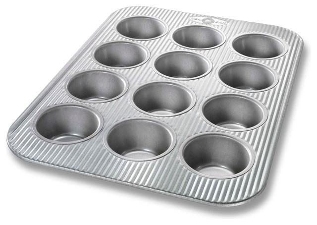 Usa Pan 12-Cup Muffin Pan.