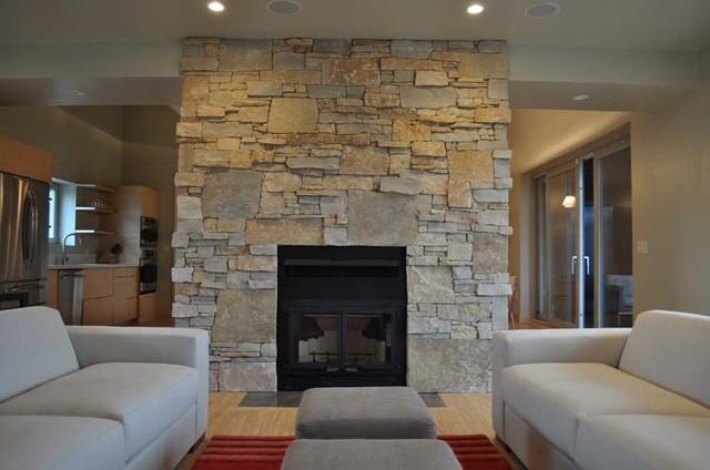 Random Ashlar Stone Fireplace Modern Living Room