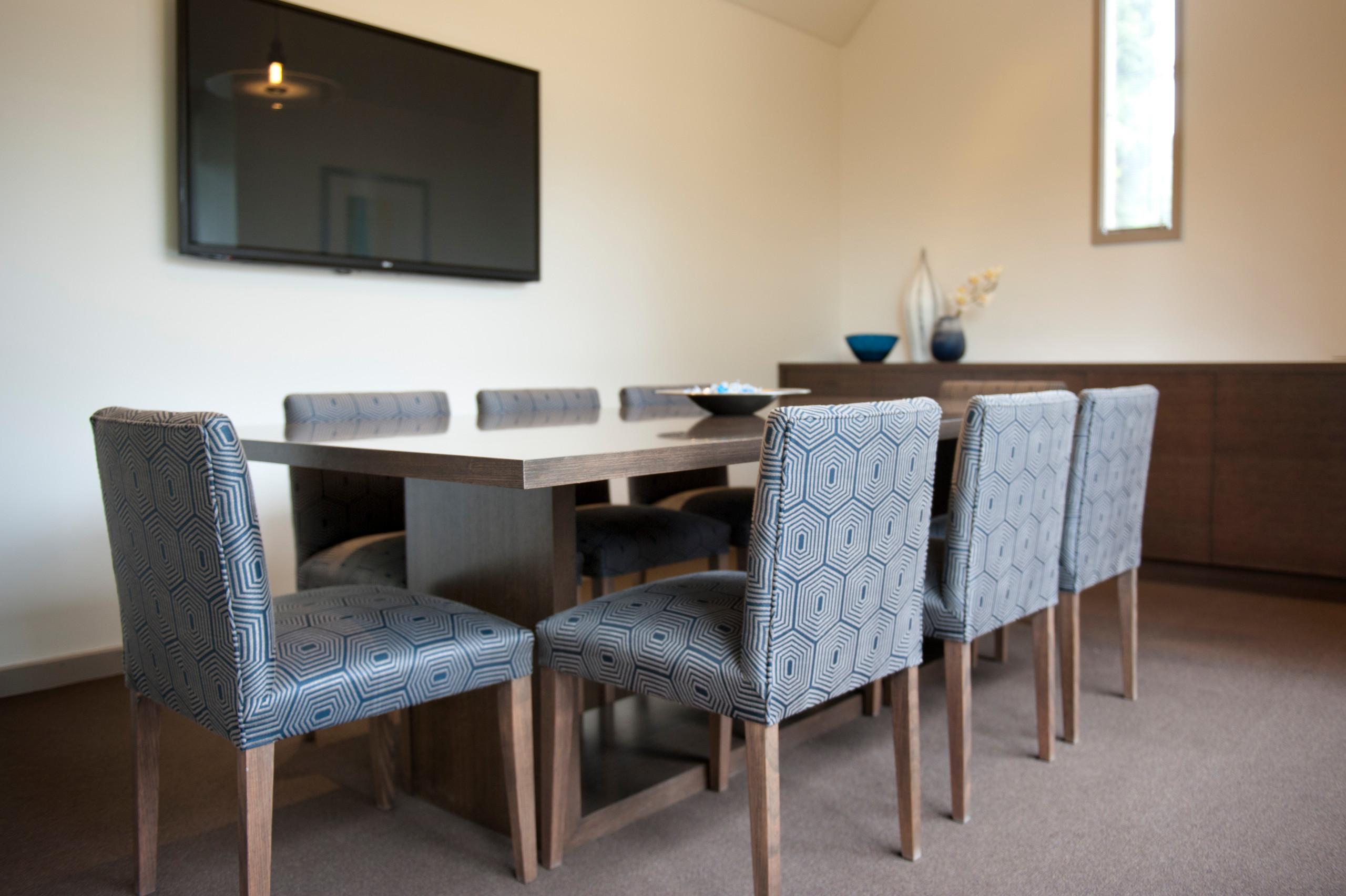 Eltham, Boardroom and Reception