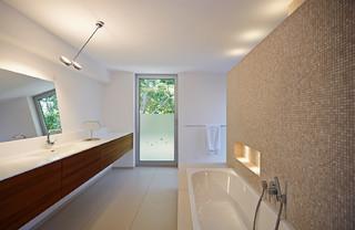haus c mainz modern badezimmer frankfurt am main von lennart wiedemuth fotografie. Black Bedroom Furniture Sets. Home Design Ideas