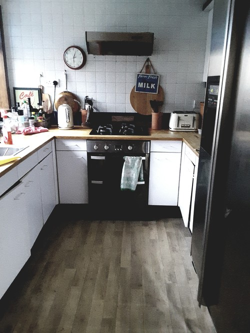 flooring for a kitchen help with floor tiles in grey kitchen 3454