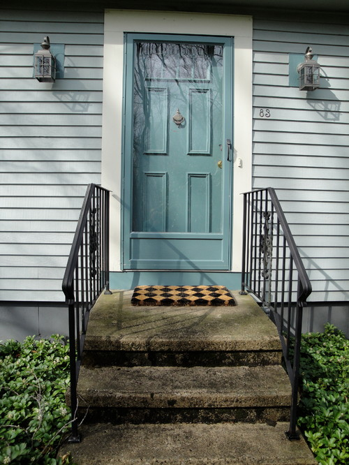 How Can I Make My Front Door Look More Inviting?