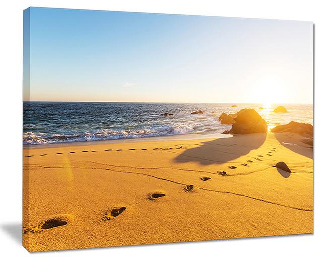 Large Footprints On Beach Sand Modern Beach Canvas Art Print Beach Style Prints And Posters By Design Art Usa