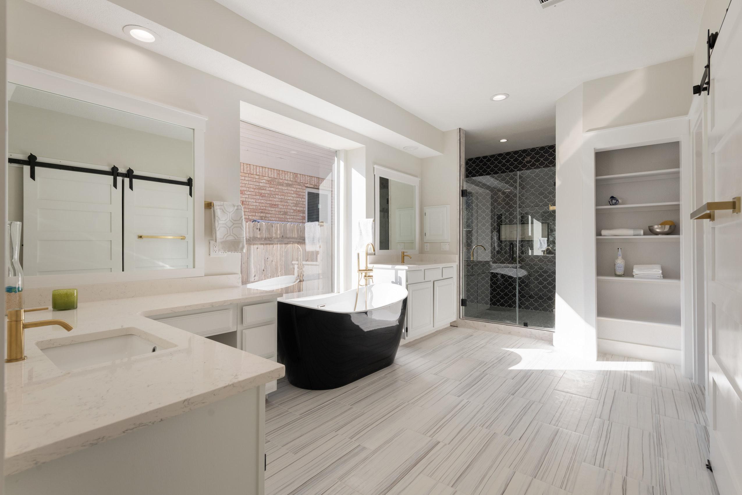 Vacant Listing Master Bathroom