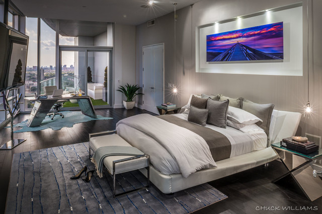 High rise Luxury Condo : home design from www.houzz.com size 640 x 426 jpeg 88kB