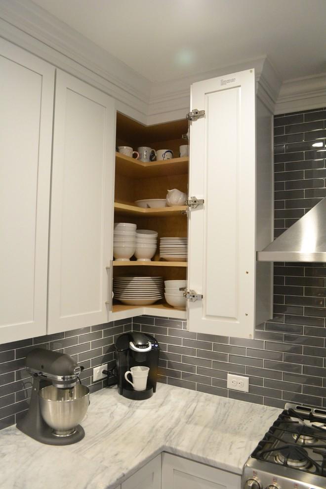 Example of a minimalist home design design in Richmond