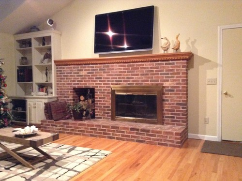 Should I paint my fireplace..what colors for it.. The mental and the d