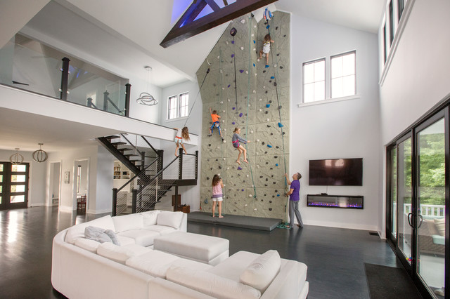 This Family Put A 26 Foot Rock Climbing Wall In Their