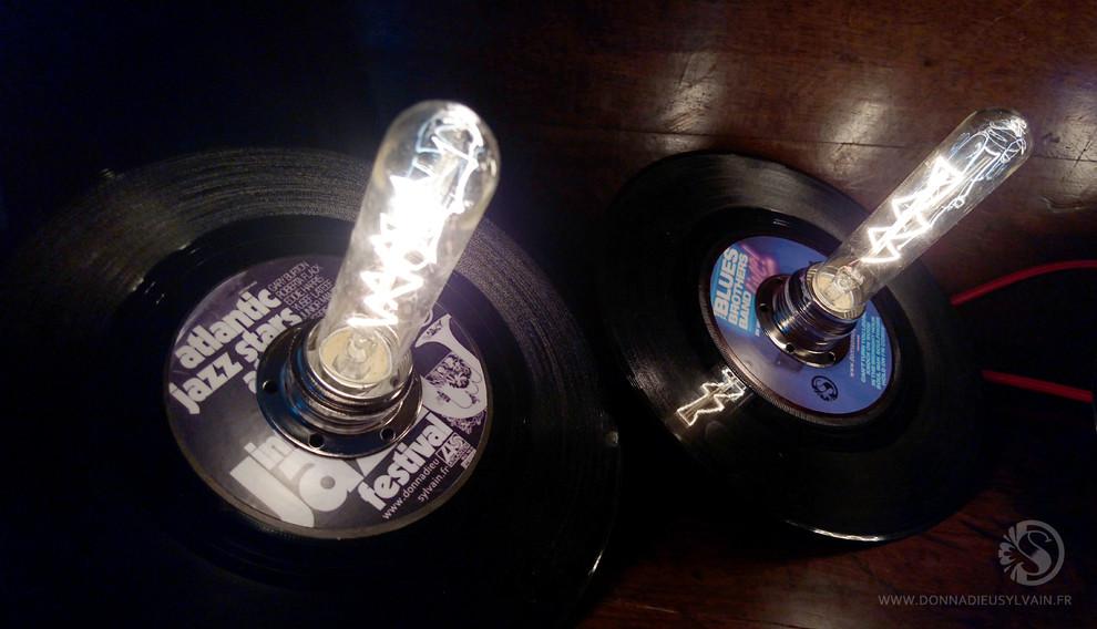 LAMPE VINYLE 45T à poser édition limitée MJF 50