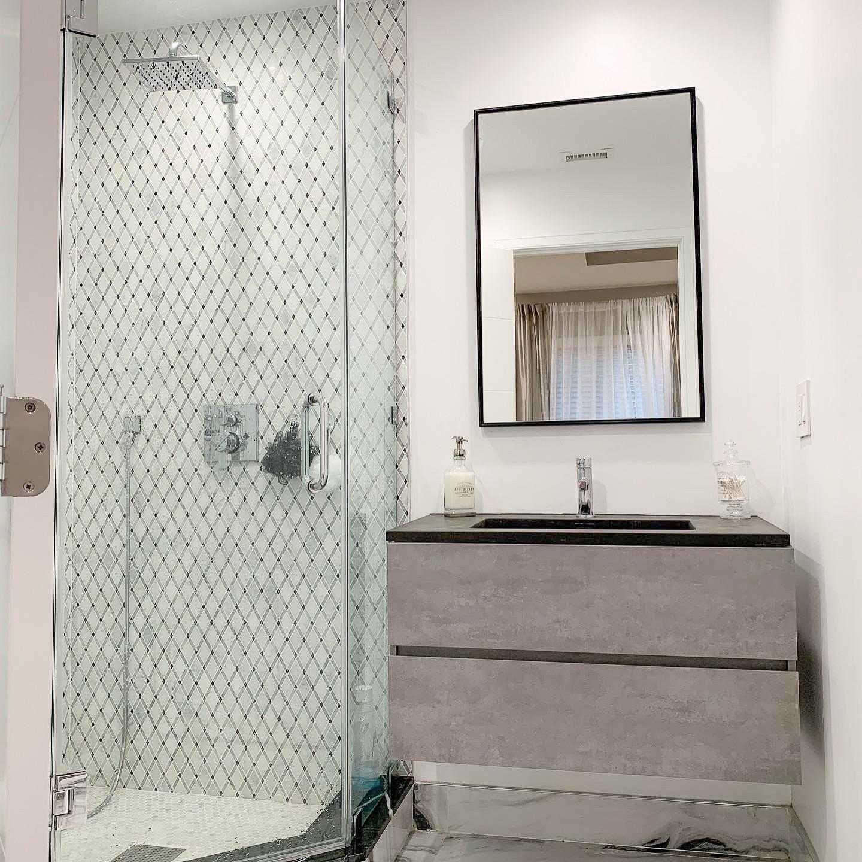 Jr. Master Bathroom
