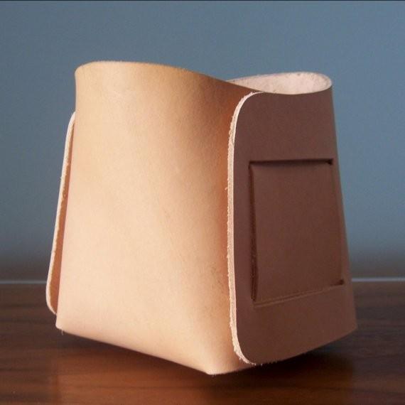 Medium Leather Bin by Gildem
