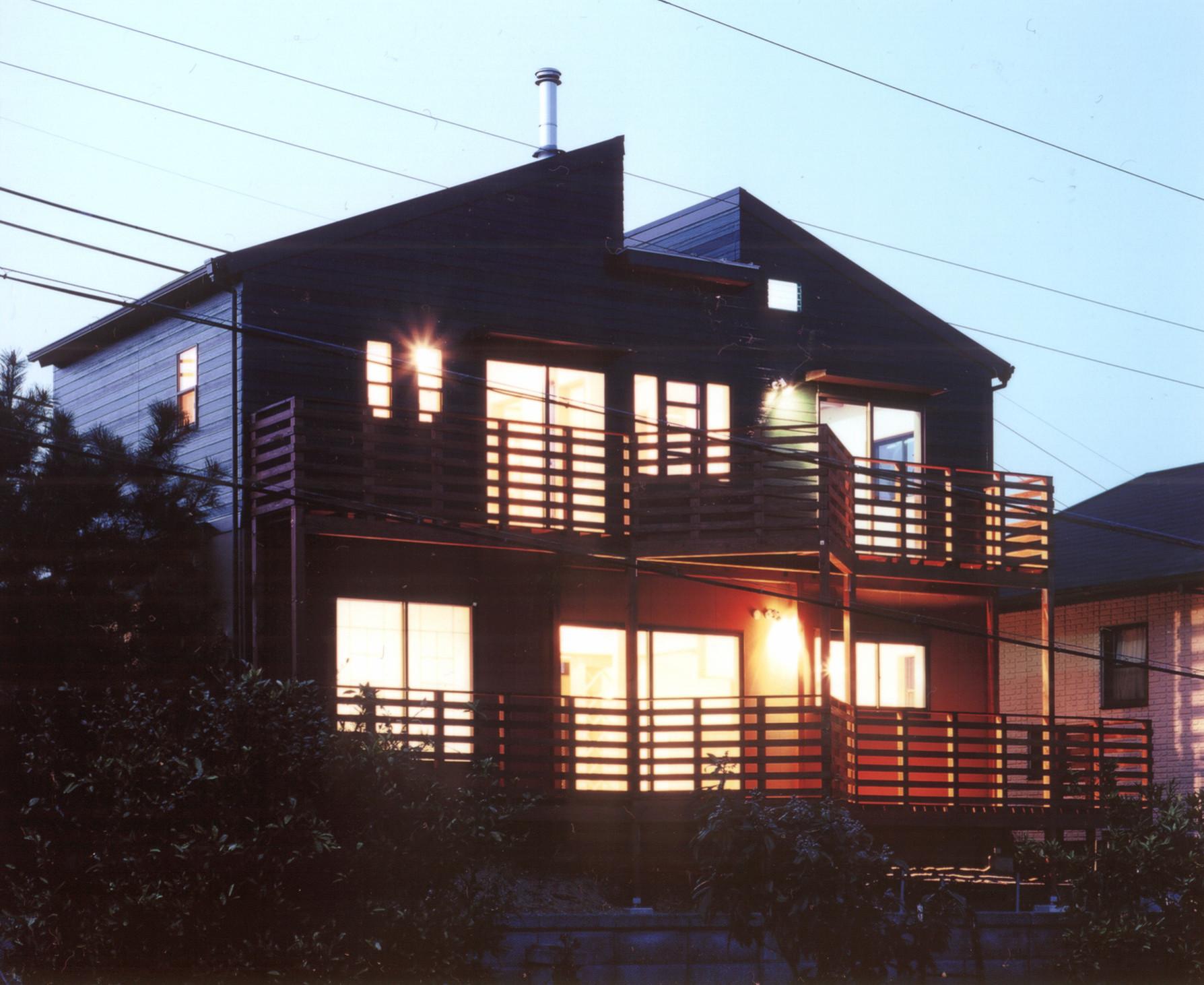 Spot-billed House