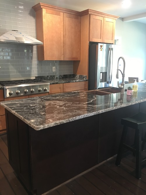 Island Counter Top With Mixed Cabinet Colors, Same Or Different