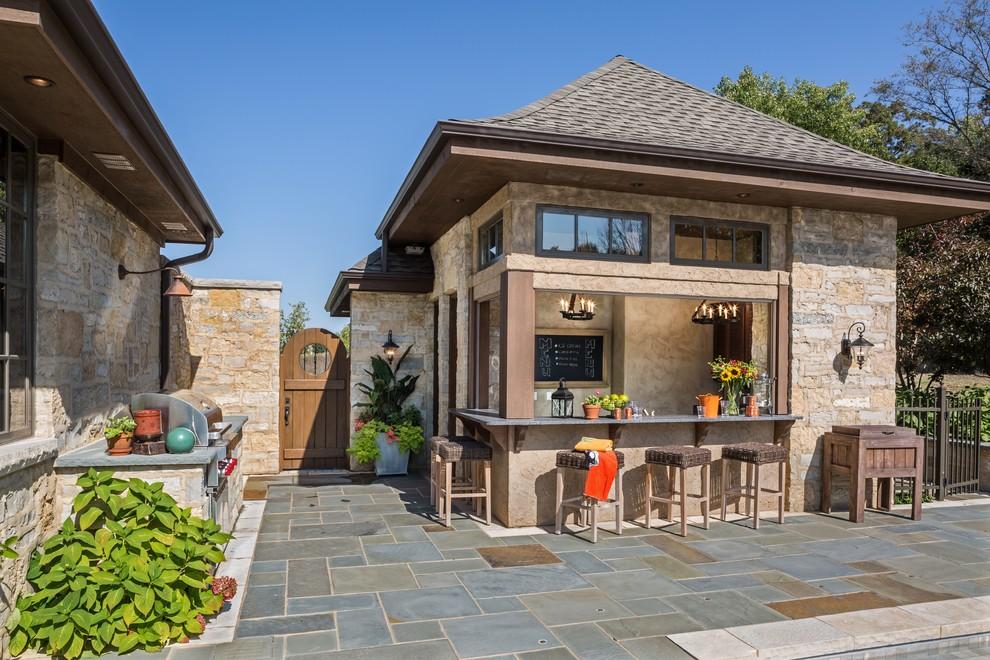 Home design - traditional home design idea in Milwaukee